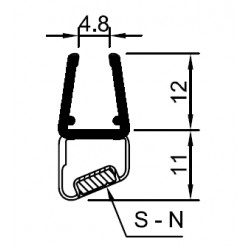 Magnetic door seal